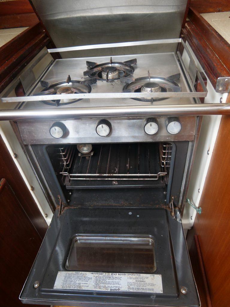 Gimbaled stove/oven